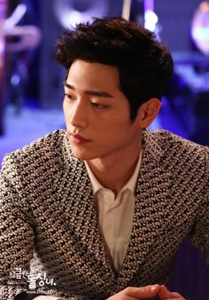Seo Kang Joon in Cunning Single Lady. Such a great new actor! He is beautiful and very good. Seo Kang Joon, Hyun Seo, Kang Jun, Park Seo Joon, Seo In Guk, Korean Star, Korean Men, Asian Men, Jung So Min