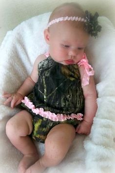 This little pink and camo outfit is perfect for any hunters sidekick :) This darling outfit features a camo pillowcase style shirt with a one Baby Kids Clothes, Baby Girl Camo Clothes, Camo Baby Stuff, Cute Baby Girl, Baby Girls, Future Daughter, Future Baby, Ruffle Bloomers, Ruffle Top