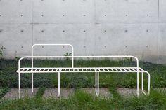 Marie Dessuant, design in conversation with landscape Pool Furniture, Outdoor Garden Furniture, Urban Furniture, Street Furniture, Outdoor Sofa, Furniture Design, Outdoor Decor, Office Pool, French New Wave
