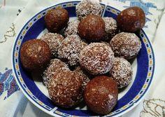 (6) Μπαλίτσες ενέργειας με βρώμη και ξηρούς καρπούς συνταγή από Anna Beni - Cookpad Pretzel Bites, Kai, Muffin, Anna, Sugar, Bread, Breakfast, Food, Morning Coffee