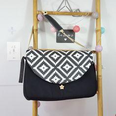 sac à langer lilaxel noir et graphique noir et blanc - www.lepetitmondedelilaxel.com