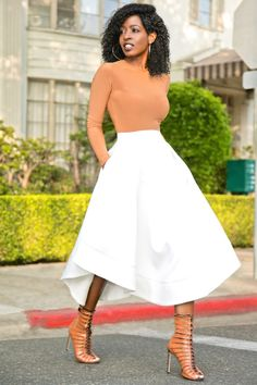 Nude Blouse x White Wave Skirt