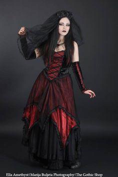 Model: Ella AmethystPhoto: Marija Buljeta PhotographyDress & Veil: Sinister - Jewelery: Alchemy Gothicfor The Gothic Shop - www.the-gothic-shop.co.ukWelcome to Gothic and Amazing | www.gothicandamazing.org
