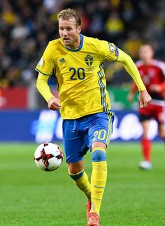 Sweden's forward Ola Toivonen controls the ball during the FIFA World Cup 2018 qualification football match between Sweden and Luxembourg in Solna, Sweden, on October / AFP PHOTO / Jonathan NACKSTRAND - 179 of 200 World Cup 2018, Fifa World Cup, Sweden Football, National Football Teams, October 7, Football Match, Luxembourg, Squad, Sports