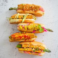 Hot Dog Buns, Hot Dogs, Tofu Scramble, Hummus, Ethnic Recipes, Food, Essen, Meals, Yemek