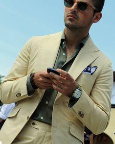 The art of the gentleman...according to Errol B. — sartoriarebellions:   #frenchdandy #sportchic...