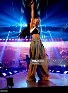 4bbe111a777d45 Ariana Grande