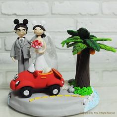 This wedding cake topper might just be perfect!