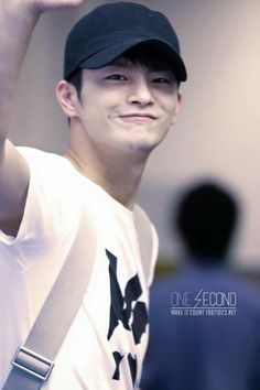 Aww He is sooo cute😻 Korean Face, Korean Star, Male Stories, Superstar K, Seo In Guk, Singing Career, Jung So Min, Eun Ji, Ulsan