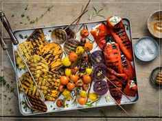 Try Colourful grilled vegetables by FOOBY now. Or discover other delicious recipes from our category Vegetarian. Easter Recipes, New Recipes, Pie Co, Veggie Heaven, Bbq, Sliced Potatoes, Hacks, Grilled Vegetables, Food Trends