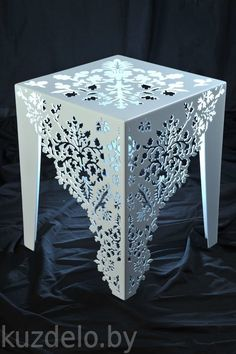 unleash your creativity,design and shop your own customized products Metal Furniture, Diy Furniture, Furniture Design, Decoration Shabby, Decoration Table, Wood Plastic, Cnc Cutting Design, Motif Art Deco, Cnc Wood