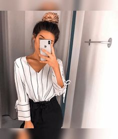 30 best sophisticated work attire and office outfits for women to look stylish and chic 25 ~ Litledress Summer Work Outfits, Casual Work Outfits, Business Casual Outfits, Mode Outfits, Work Attire, Office Outfits, Classy Outfits, Trendy Outfits, Fashion Outfits