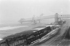 Fotocollectie » Schiphol in de mist | gahetNA
