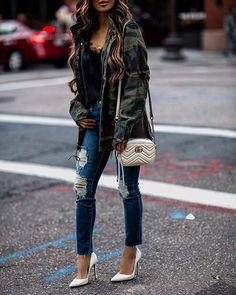 Fall Outfit Photo by Maria Vizuete (Mia Mia Mine) (@miamiamine) | | Clipboards