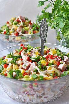 Sałatka z selera konserwowego i szynki - Damsko-męskie spojrzenie na kuchnię Salad Recipes, Diet Recipes, Healthy Recipes, Cobb Salad, Pasta Salad, Healthy Finger Foods, Buffet, Polish Recipes, Cooking Time
