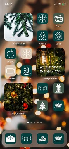 This icon bundle contains a total of 600 Christmas and Social Media ios 14 app icons for iphone. Spice up your aesthetic phone in no time with this warm, multi-colored Christmas Holiday theme. 5 colors included: 2 shades of green, 2 shades of red and 1 shade of cream to bring the 4 colors together in a nice, pleasant way. #ios14 #christmasios14 #christmas #iconapp