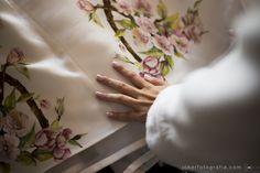 Vestido de noiva estampado com flores de cerejeira
