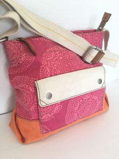 Fossil Messenger Bag Crossbody Canvas Designer Fashion Hip Trendy Floral Women    | eBay