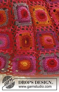 """Firenza - Crochet DROPS shawl with granny squares in """"Muskat"""". - Free pattern by DROPS Design"""