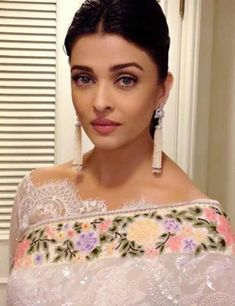 1b829b000065b Aishwarya Rai  Latest Saree Blouse Designs sure to Amaze You . In Pic  OMG  in Broad Boat Neck Blouse In Lace With Uncut Edges