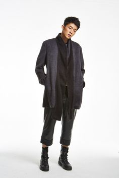 Pant and long cardigan from the fall/winter 15 menswear collection of SONO DRS available in pre-order on http://www.betosee.com/collection/59034