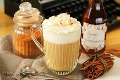 cynamonowa latte Latte, Hot Chocolate, Spices, Pudding, Coffee, Ethnic Recipes, Food, Sweets, Coffee Milk