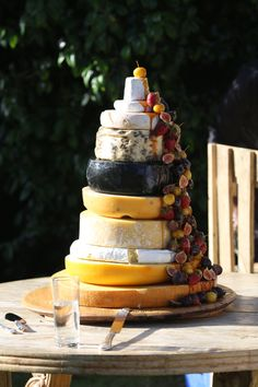 Incredible South African cheese wedding cake