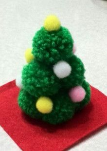 ミニクリスマスツリー | 徒然なるままに……理の赴くままに…… Preschool Christmas, Christmas Ornament Crafts, Christmas Tree Decorations, Crafts To Make, Christmas Crafts, Crafts For Kids, Arts And Crafts, Christmas Pom Pom, Christmas Fun