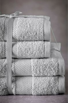 NEXT ESSENTIAL HAND AND BATH TOWEL BALE DOVE GREY 4 PACK 100% PURE COTTON NEW #NEXT Soft Towels, Bath Towels, Dove Grey, Christmas Wishes, How To Find Out, Essentials, Hands, Pure Products, Cotton
