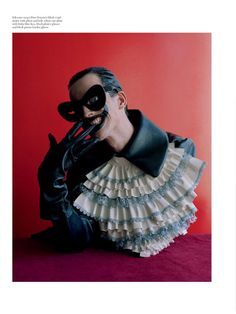 Freaky Figurine Photography - Tim Walker Shoots Insanity for Love Magazine Spring/Summer 2014 (GALLERY)