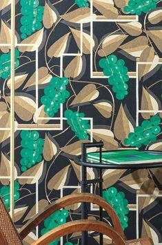 Tropical Wallpaper, Luxury Wallpaper, Wallpaper Samples, Pattern Wallpaper, Basic Colors, Colours, Estilo Art Deco, Art Deco Stil, Black Pattern