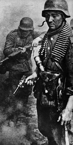 German soldiers, Stalingrad, 1942.