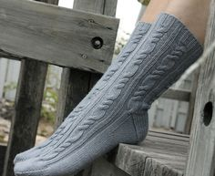 Ravelry: Ocean Mist Socks pattern by Leah Michelle Designs Knitting Socks, Hand Knitting, Knit Socks, Knitting Designs, Baby Knitting Patterns, Weaving Patterns, Little Cotton Rabbits, My Socks, Yarn Colors