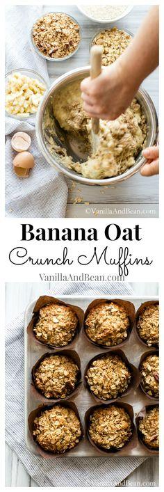 An unforgettable muffin. banana oat crunch muffins vanilla a Muffins Blueberry, Banana Oat Muffins, Banana Oats, Zucchini Muffins, Banana Breakfast, Breakfast Muffins, Healthy Baking, Healthy Treats, Yummy Treats