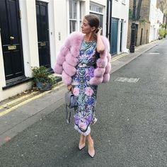 Millie Mackintosh.. POPSKI LONDON faux fur, Matthew Williamson dress, and Lulu Guinness purse.. #milliemackintosh Millie Mackintosh, Lulu Guinness, People Dress, Matthew Williamson, Fashion Outfits, Womens Fashion, Elegant Dresses, Style Icons, Fur Coat
