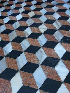 Optical illusion. #MKResort
