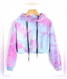 Tie Full Hooded Hoodie Cropped Tie Dye Hoodie - Cropped - Ideas of Cropped - Colormix Tie Full Short Hooded Hoodie Cropped Tie Dye Hoodie Cute Lazy Outfits, Teenage Outfits, Crop Top Outfits, Outfits For Teens, Trendy Outfits, Clothes For Tweens, Cool Clothes, Pastel Clothes, Tomboy Outfits