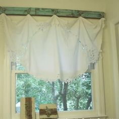 Vintage Valance {diy curtains} use vintage table cloth as a curtain, but I really love what its hanging from! Bathroom Window Treatments, Bathroom Windows, Kitchen Windows, Farmhouse Windows, Custom Curtains, Diy Curtains, Cottage Curtains, Lined Curtains, Kitchen Table Redo
