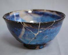 listening to leaves: Kintsugi - the art of repairing teaware Kintsugi, Japanese Ceramics, Japanese Pottery, Japanese Art, Japanese Beauty, Ceramic Bowls, Ceramic Pottery, Ceramic Art, Wabi Sabi