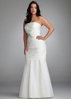 Plus size mermaid wedding dress