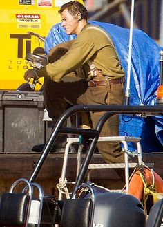 Harry on set of 'Dunkirk' on July Harry Styles Dunkirk, Harry 1d, Family Show, Ace Family, Harry Styles Wallpaper, Harry Styles Pictures, Mr Style, Fake Friends, Harry Edward Styles