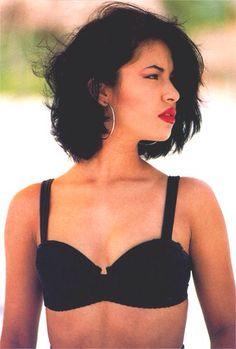 Selena Quintanilla short hair