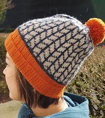 This pattern will be available exclusively for purchase at The Knitting Bee in Portland Oregon during the Rose City Yarn Crawl March 4th-7th 2016. It will be available in my Ravelry store on March 8th.