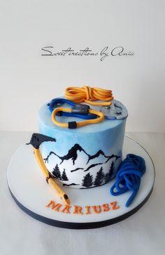 climbing cake by Ania - Sweet creations by Ania Round Birthday Cakes, Birthday Desserts, Birthday Cake For Man, Beautiful Cakes, Amazing Cakes, Rock Climbing Cake, Camping Theme Cakes, Mountain Cake, Single Tier Cake