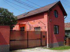 Casa moderna de vanzare cu 870 mp teren, zona Sacele-Cernatu. Shed, Outdoor Structures, Trendy Tree, Houses, Barns, Sheds