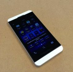 "BLACKBERRY #Z10 Smartphone Display FULL TOUCH 4.2"" White Bianco"
