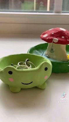 Polymer Clay Crafts, Diy Clay, Polymer Clay Ring, Clay Art Projects, Cute Clay, Fun Diy Crafts, Jar Crafts, Clay Creations, Diy Art