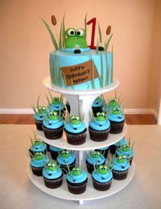 THE CAKE.  Sapos.