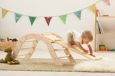 Pikler Climbing Arch with Reversible Board / Climbing equipment / Montessori baby / Waldorf Baby Play, Baby Toys, Diy Baby Gym, Toddler Climbing, Diy Playground, Children Playground, Diy Bebe, Montessori Baby, Kids Wood