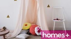 Kinderbetthimmel - Woodworking Challenge Source by woodworkchall Childrens Bed Canopy, Kids Canopy, Reading Nook Tent, Princess Canopy Bed, Diy Tent, Diy Crib, Bookshelves Kids, Challenge, House Beds